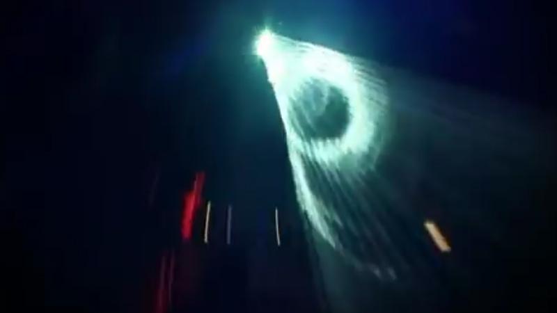Eric Sneo - Live